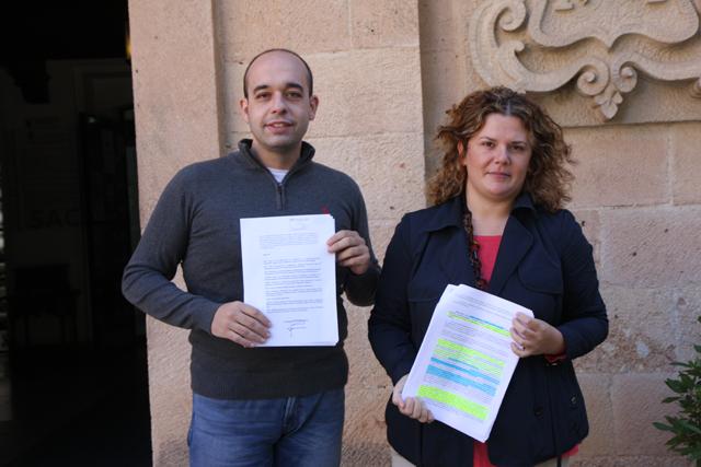 El psoe pide explicaciones al equipo de gobierno por las for Piscina cubierta ronda